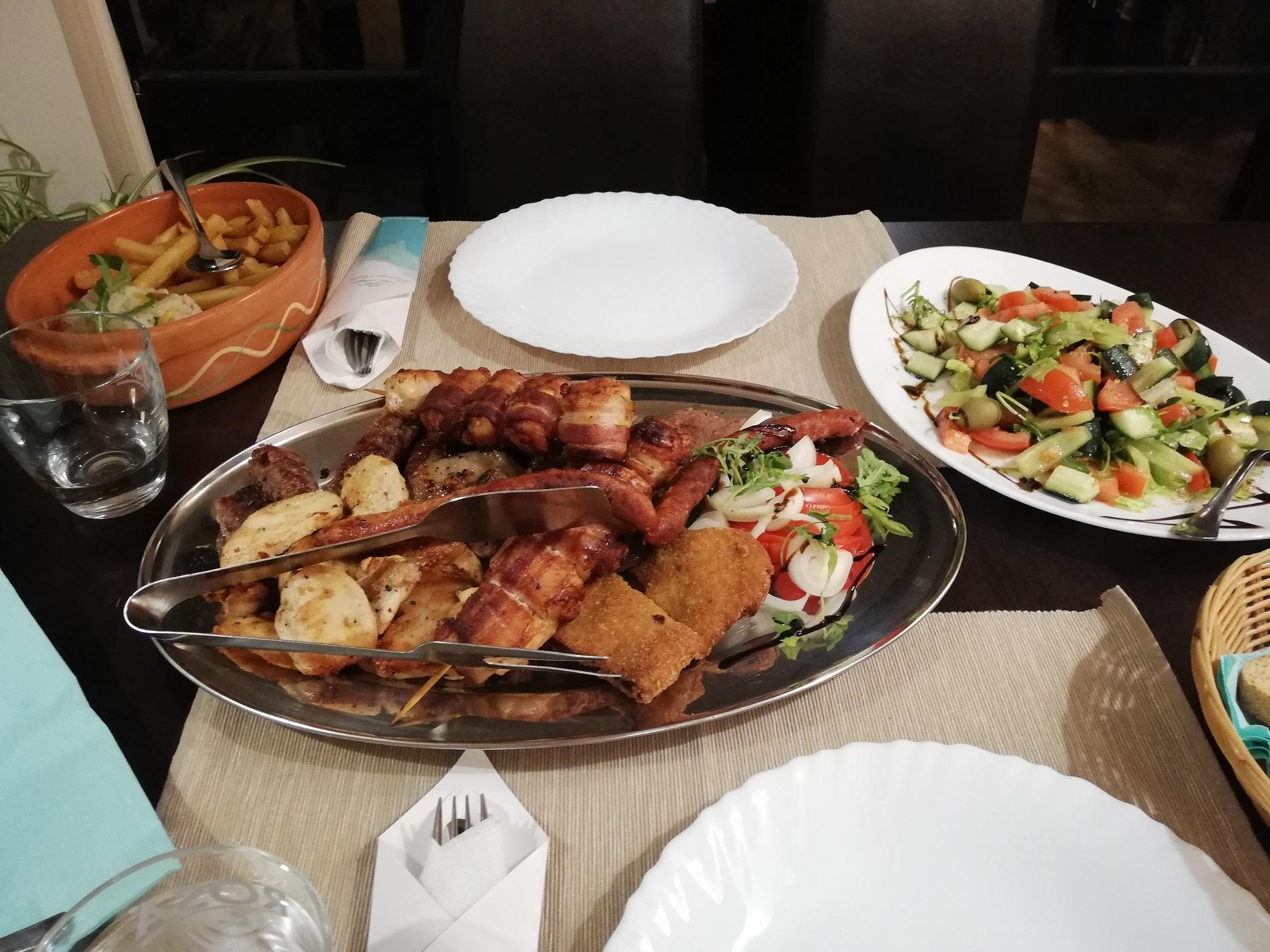 Panorama Aqualux Novi Sad Ujvidek dinner vacsora