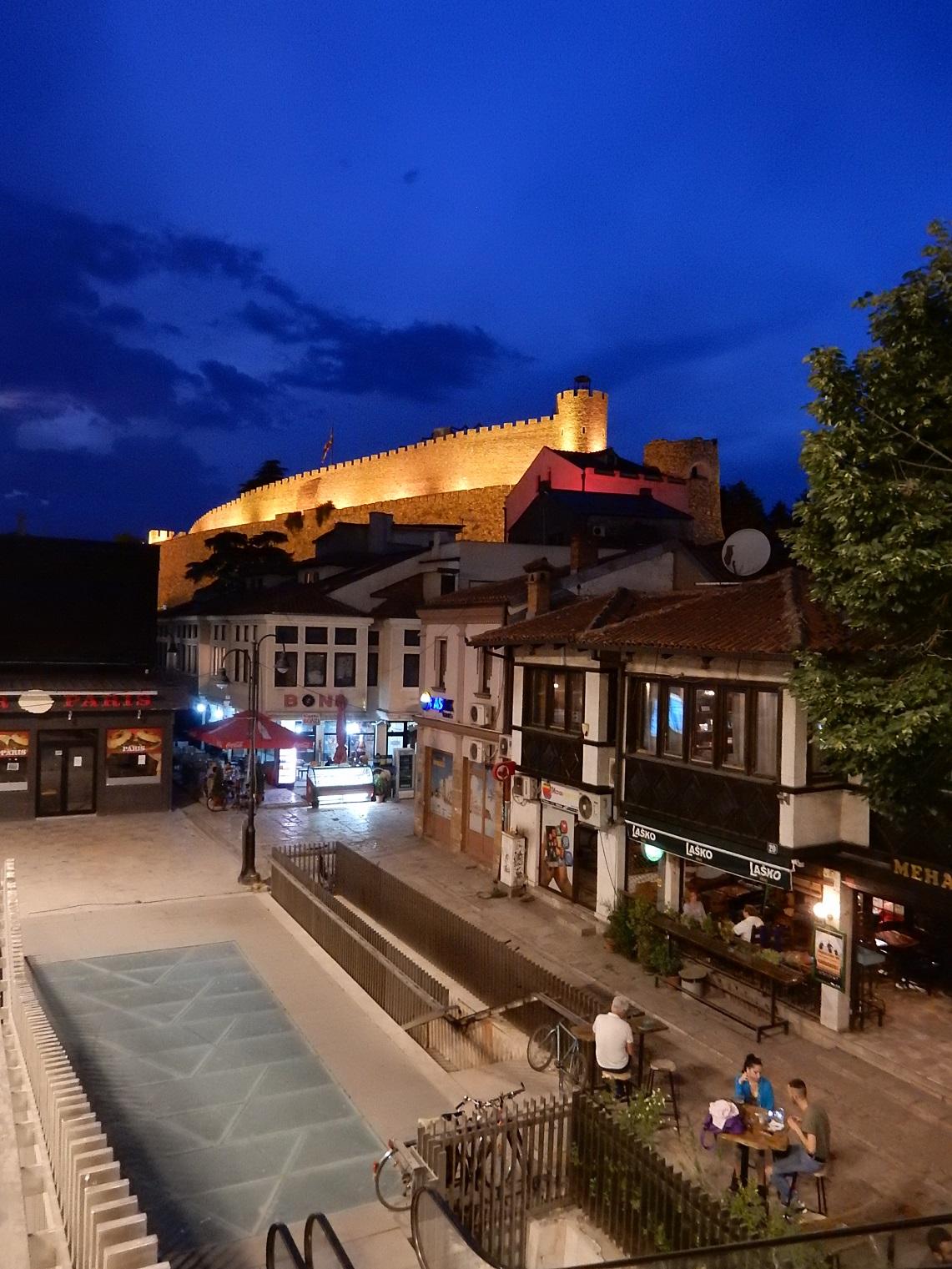 Skopje palace lights