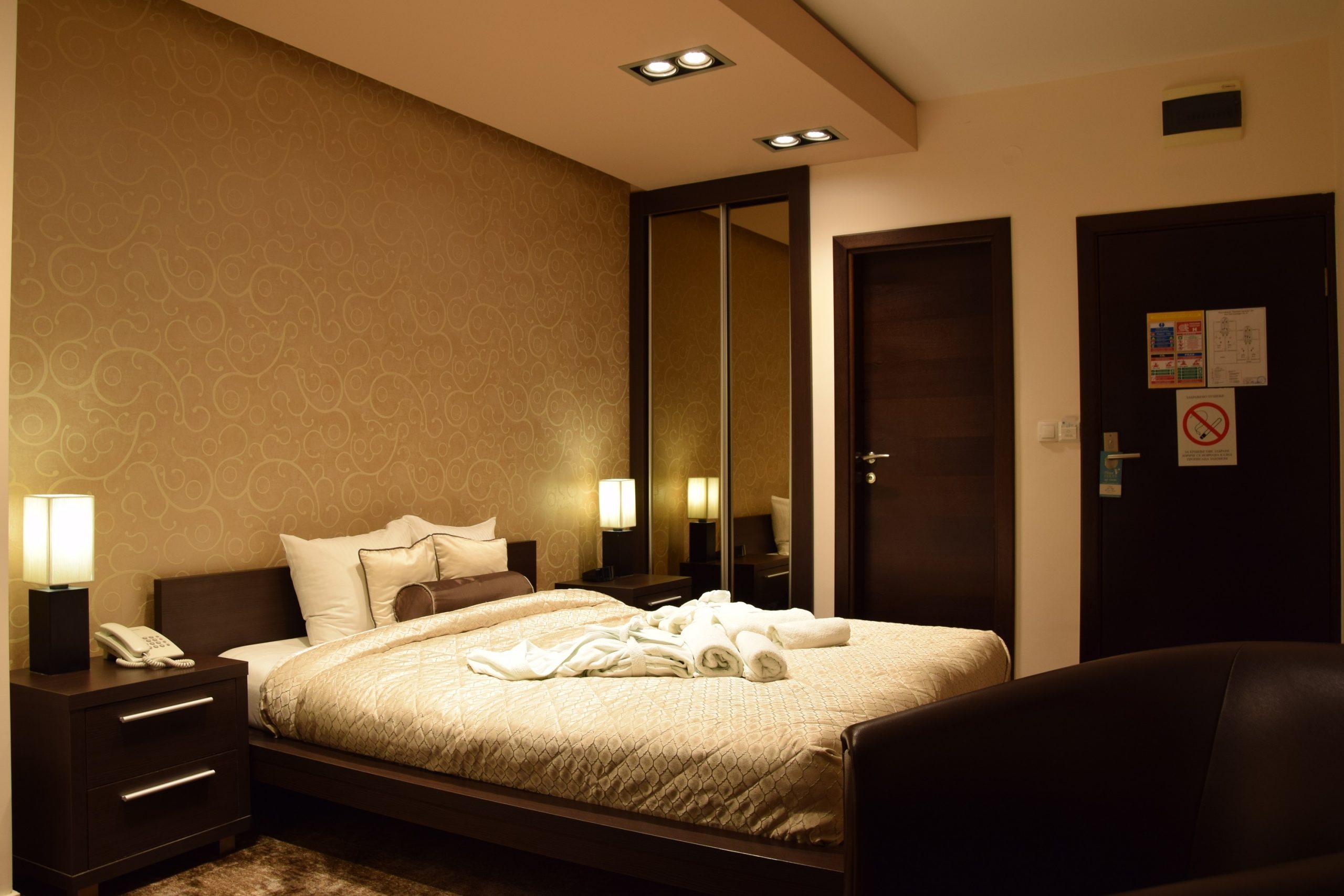 Panorama Aqualux Novi Sad Ujvidek deluxe room double bed