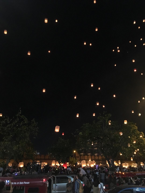 Chiang Mai New Years Eve újév szilveszter Thaiföld