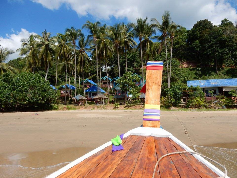 Koh Jum sziget Koh Lanta Krabi long tail boat Thaiföld resort