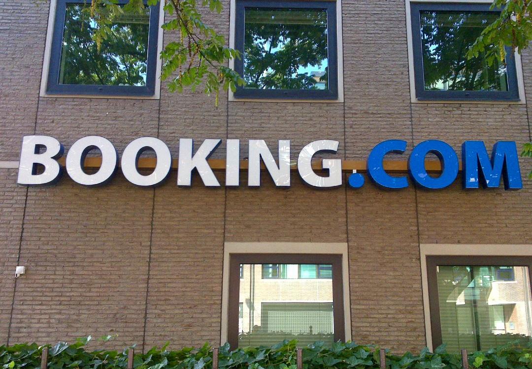 Booking iroda székház