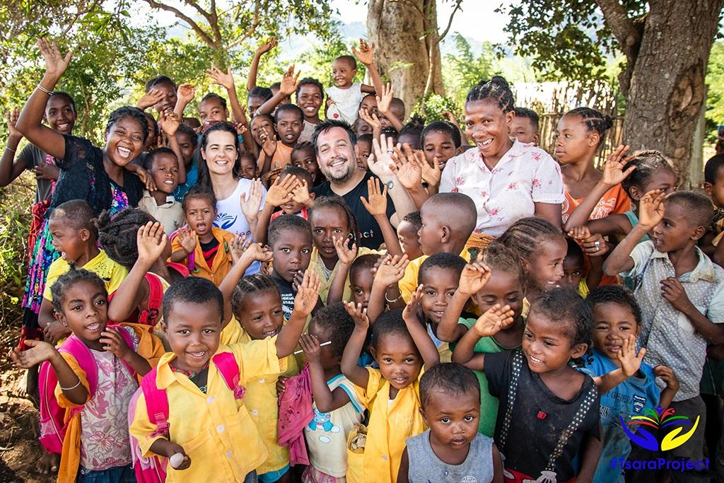 iskolaépítés Madagaszkáron Tsara Project vezetésében