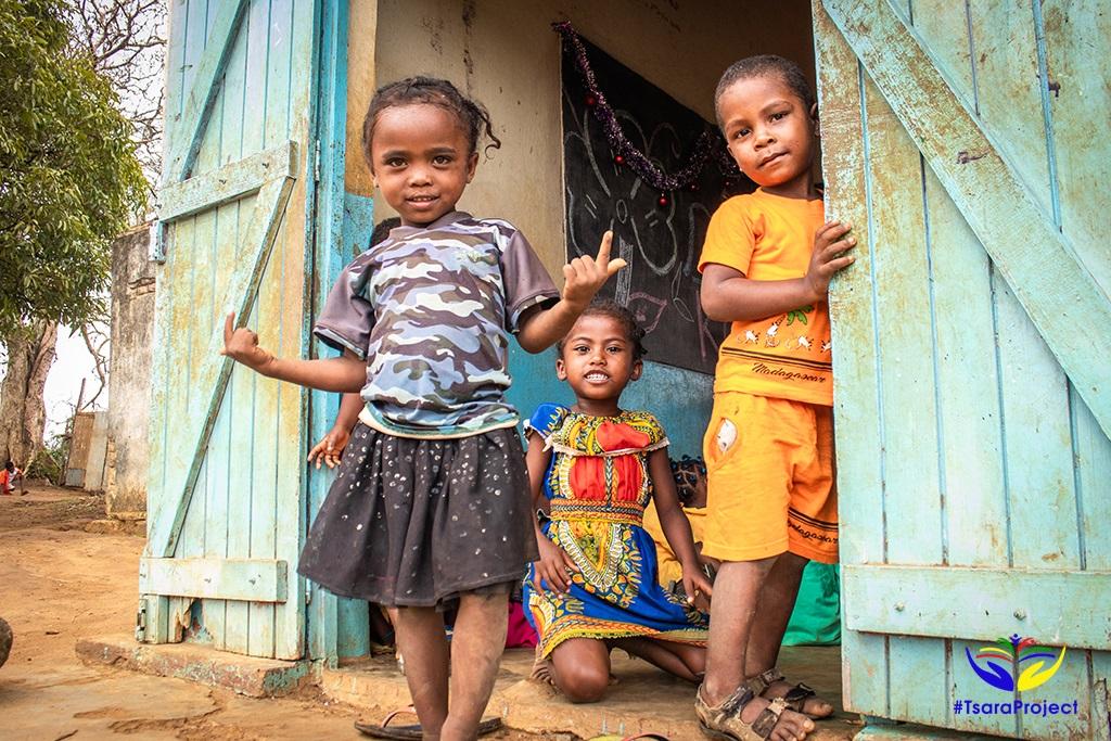 Magyar adomány iskola Madagaszkáron Tsara Project