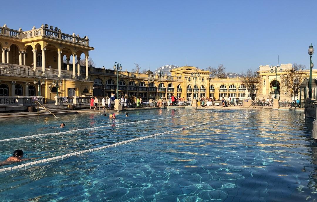 Budapesti fürdők nyitása Széchenyi