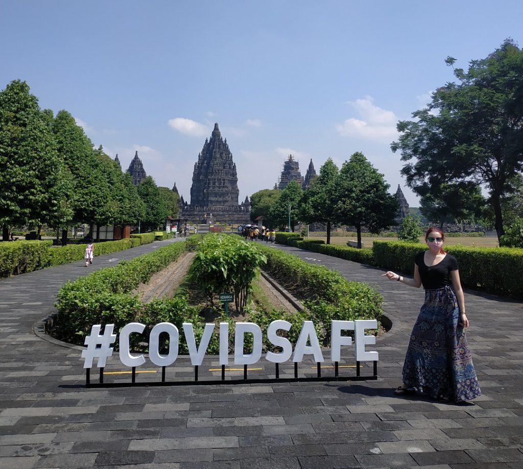 Jótékonyság adománygyűjtés maszk Indonézia Flóra az óperencián
