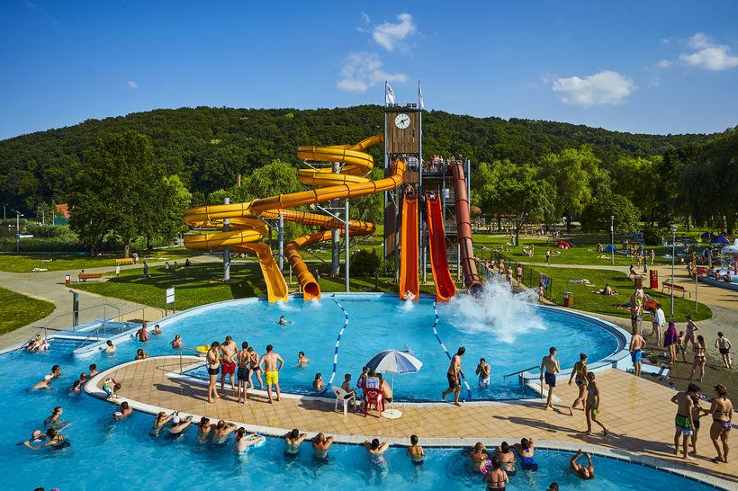 Orfűi Aquapark eladó csúszda