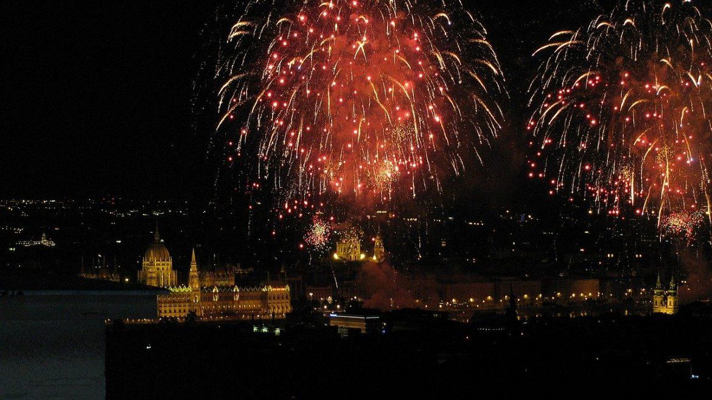 tüzijáték Budapest elmarad