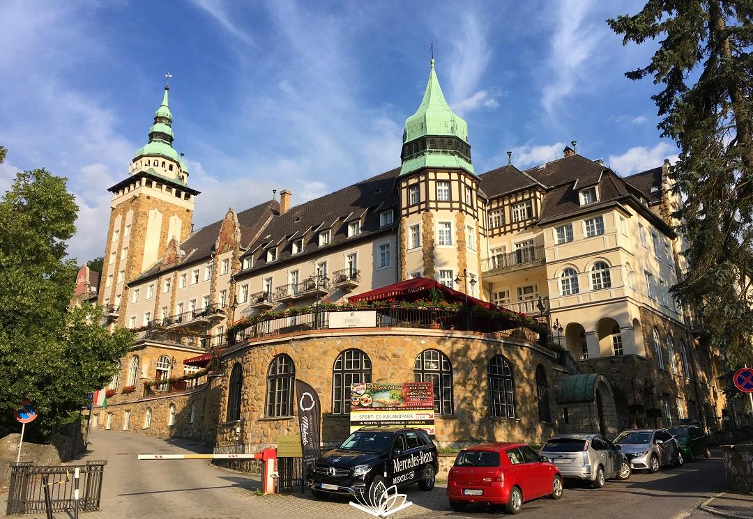 Hunguest Hotels veszteség belföldi turizmus 2020 SZÉP kártya