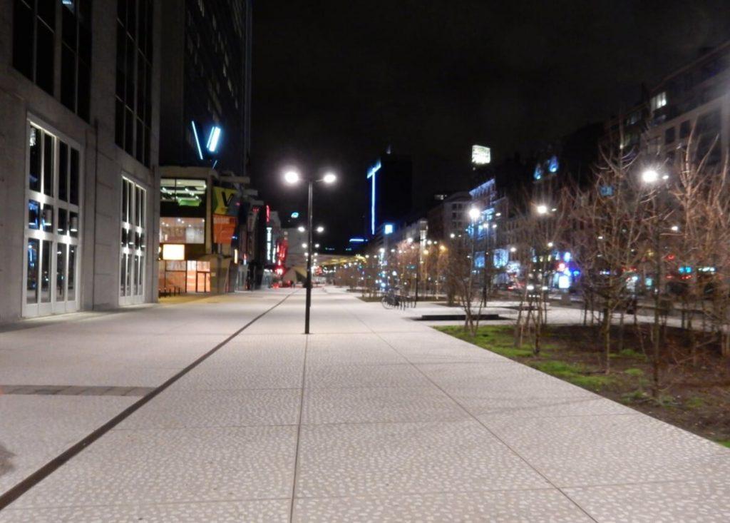 Brüsszel kaland utca eresz este éjszakai