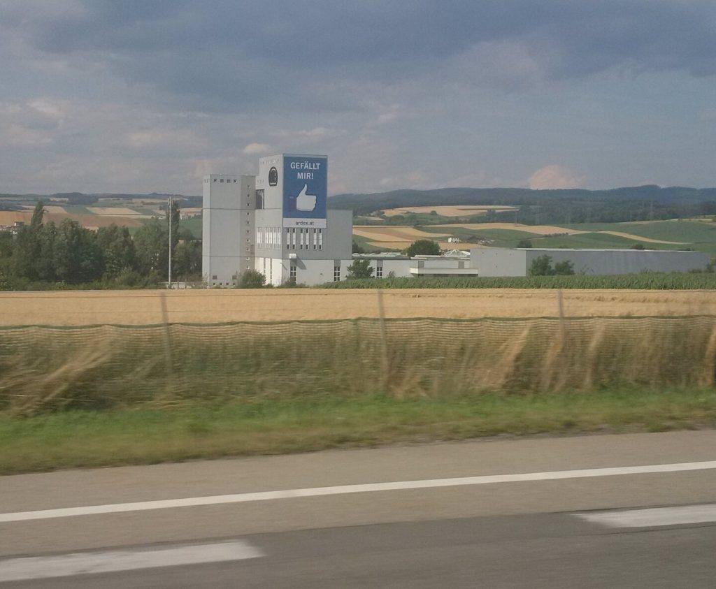 Stoppolás tábla Ausztria Hungarohitch