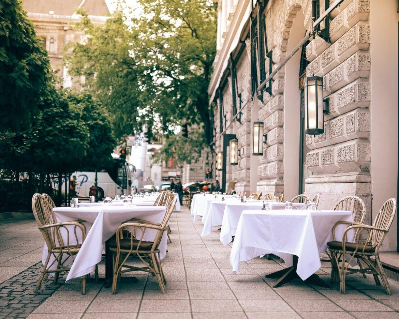 ekkortól május nyithatnak szállodák éttermek újranyitása május