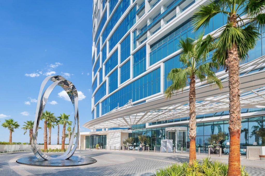 Address beach resort Dubaj bejárat