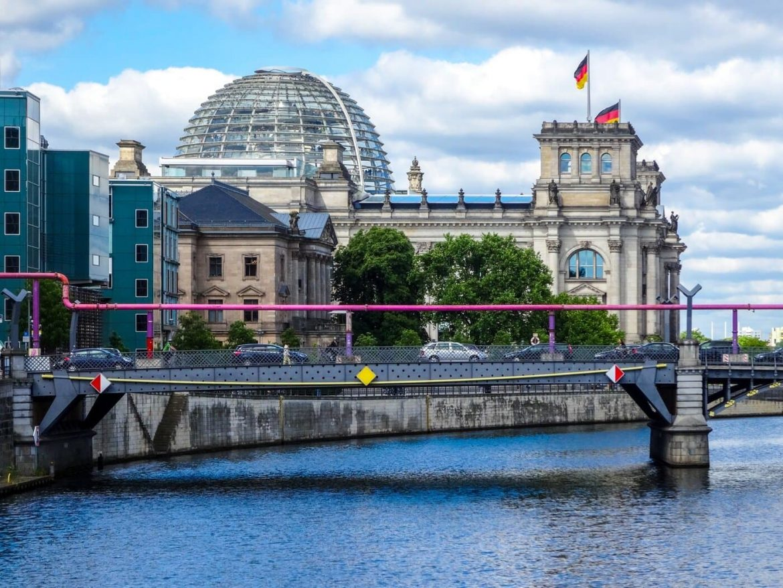 Németország felmentés beoltottak korlátozások