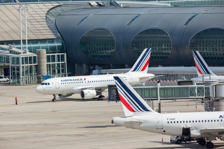 rövid távú repülőutak betiltása Franciaország francia törvény airfrance 2,5 óra vonat vasút