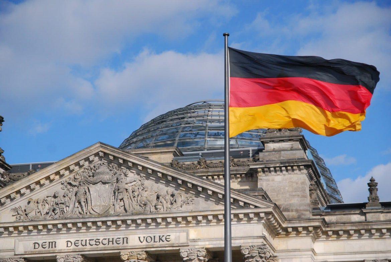 Németország nem ismeri el keleti vakcinák Sinopharm Sputnik Szputnyik orosz oltás kínai