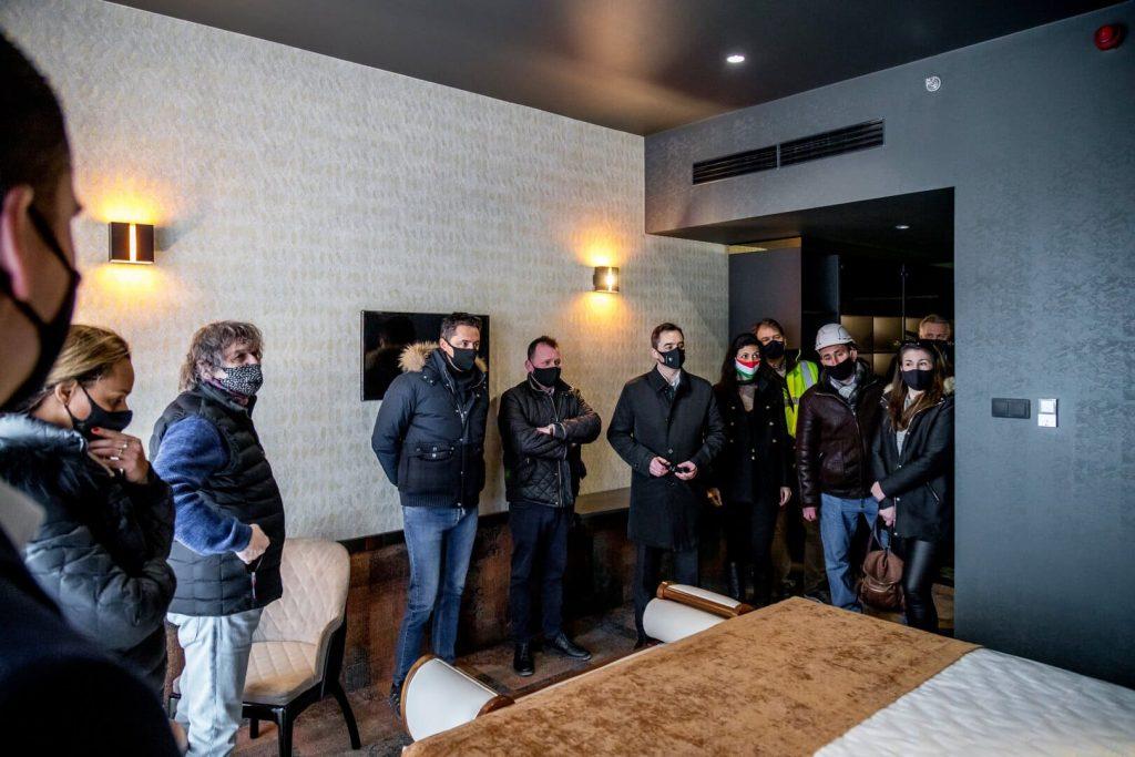 Tokaj luxus szálloda szoba képriport Minaro hotel sajtótájékoztató dr Koncz Zsófia országgyűlési képviselő