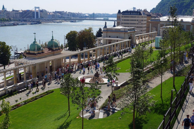 restart Budapest kártya ingyen éjszaka fürdőbelépő tömegközlekedés