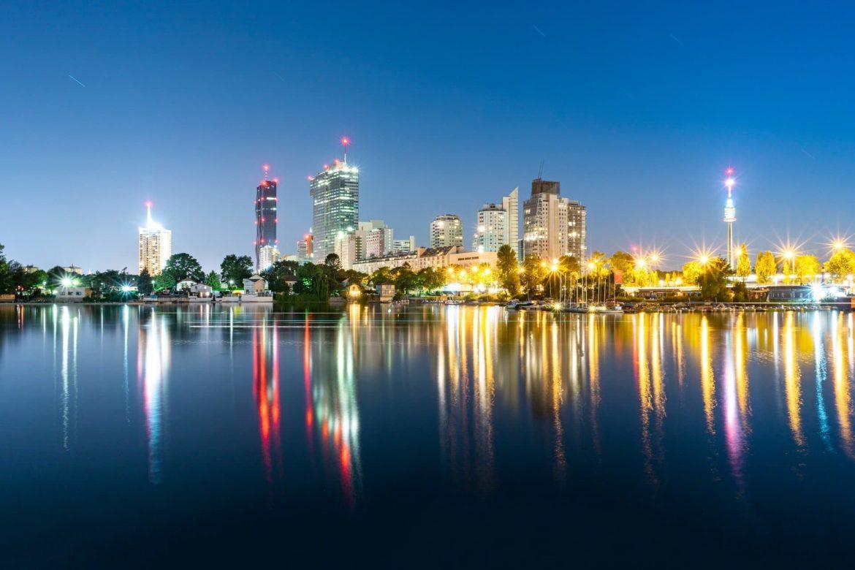 Bécs szigorít koronavírus járványügyi korlátozások