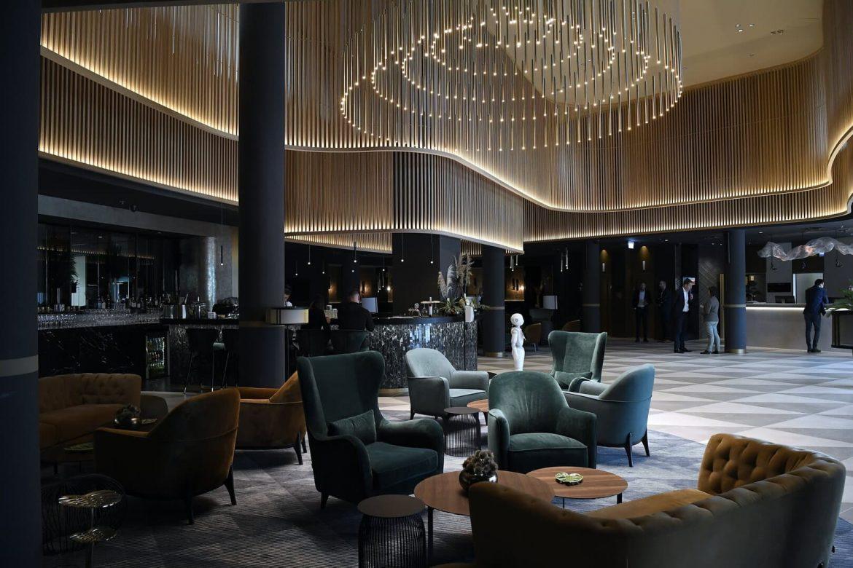Grand Hotel Esztergom szálloda felújítás 12 milliárd forint Portobello lobby