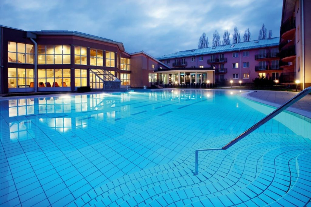 Hotel Europa Fiz Hévíz felújítás 1,4 milliárd forint fejlesztés