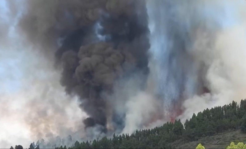 vulkánkitörés Kanári-szigetekek La Palma Cumbre Vieja tűzhányó