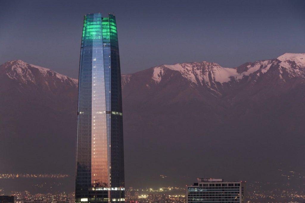 Santiago Chile beutazási korlátozások feltételek oltás teszt karantén